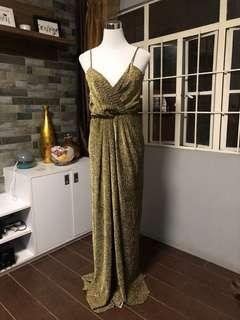 FOR RENT: Gold Gown