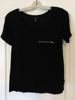 Forever 21 Black scoop-neck shirt. Size M, Medium. Ladies/Girls/Teens EUC