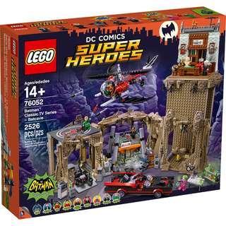 Brand new MISB lego 76052 Classic TV Batcave