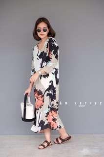 🚚 [BEST SELLING] AMC Watercolour Long Sleeved Maxi Dress