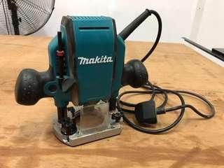 Makita 8mm Router RP0900