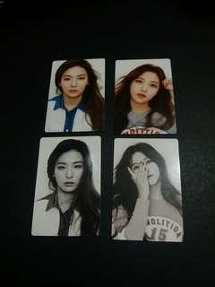 WTS Red Velvet 2016 Season Greeting Calendar photocards - Seulgi, Yeri