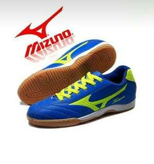 Sepatu futsal mizuno sz 39-43