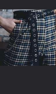 looking for belt with alot of holes plus chain