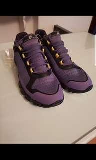 'Adidas' Stella McCartney size US 7 NEGOTIABLE RUSH!!!