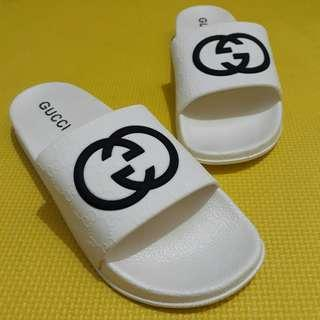 Unisex Gucci Slippers (White)