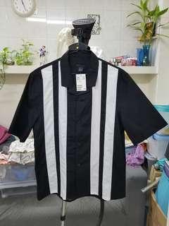 H&M 全新短袖恤衫 size S