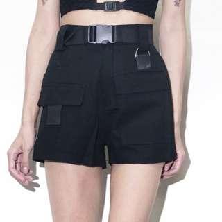 【黑店】個性工裝大口袋個性短褲 百搭黑色短褲 超顯瘦工裝風短褲含腰帶ZY121