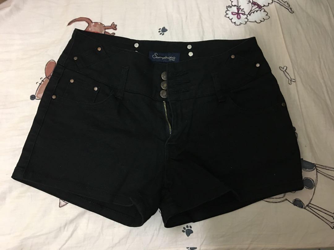 3釦高腰牛仔短褲黑色L號