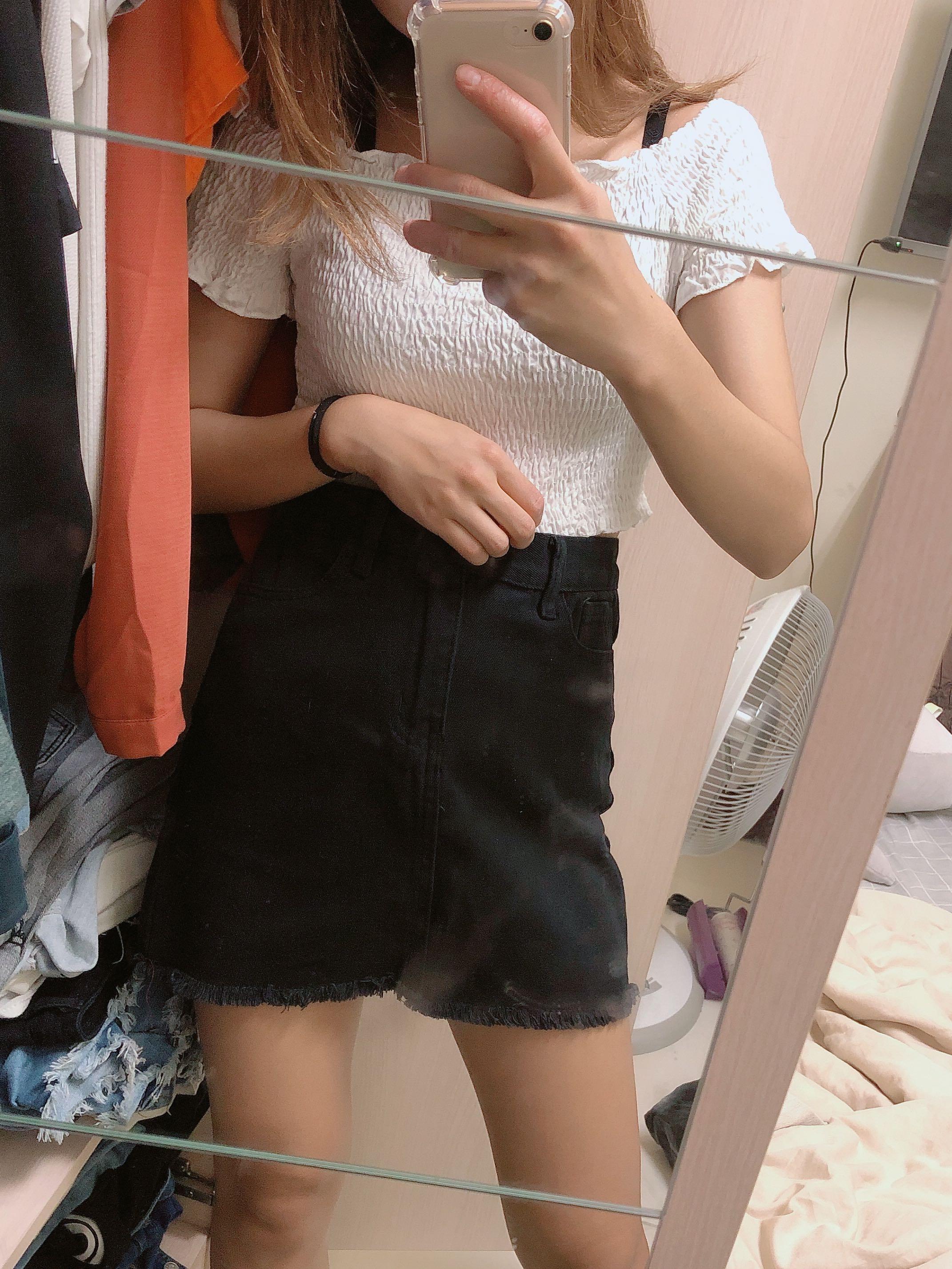 黑色半身A字裙