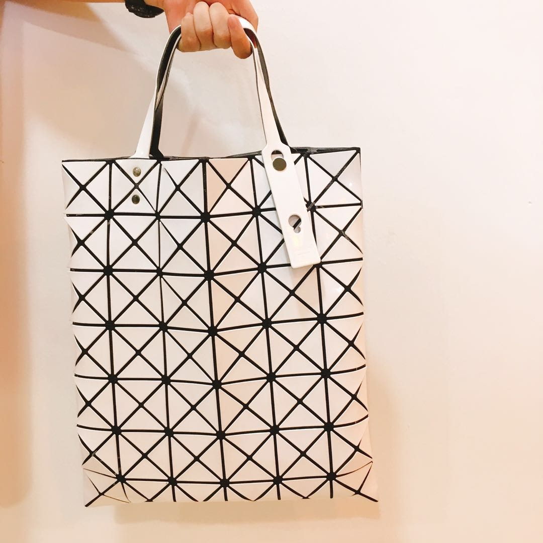 Bao Bao Issey Miyake Lucent Tote Bag - white - authentic a85dcad0098a2