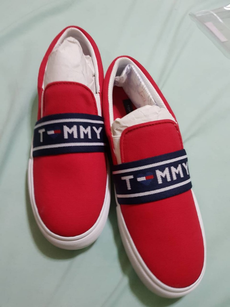 6b4bae59 BNEW / AUTHENTIC TOMMY HILFIGER RED LOURENA SLIP-ON FASHION SNEAKERS,  Women's Fashion, Shoes on Carousell