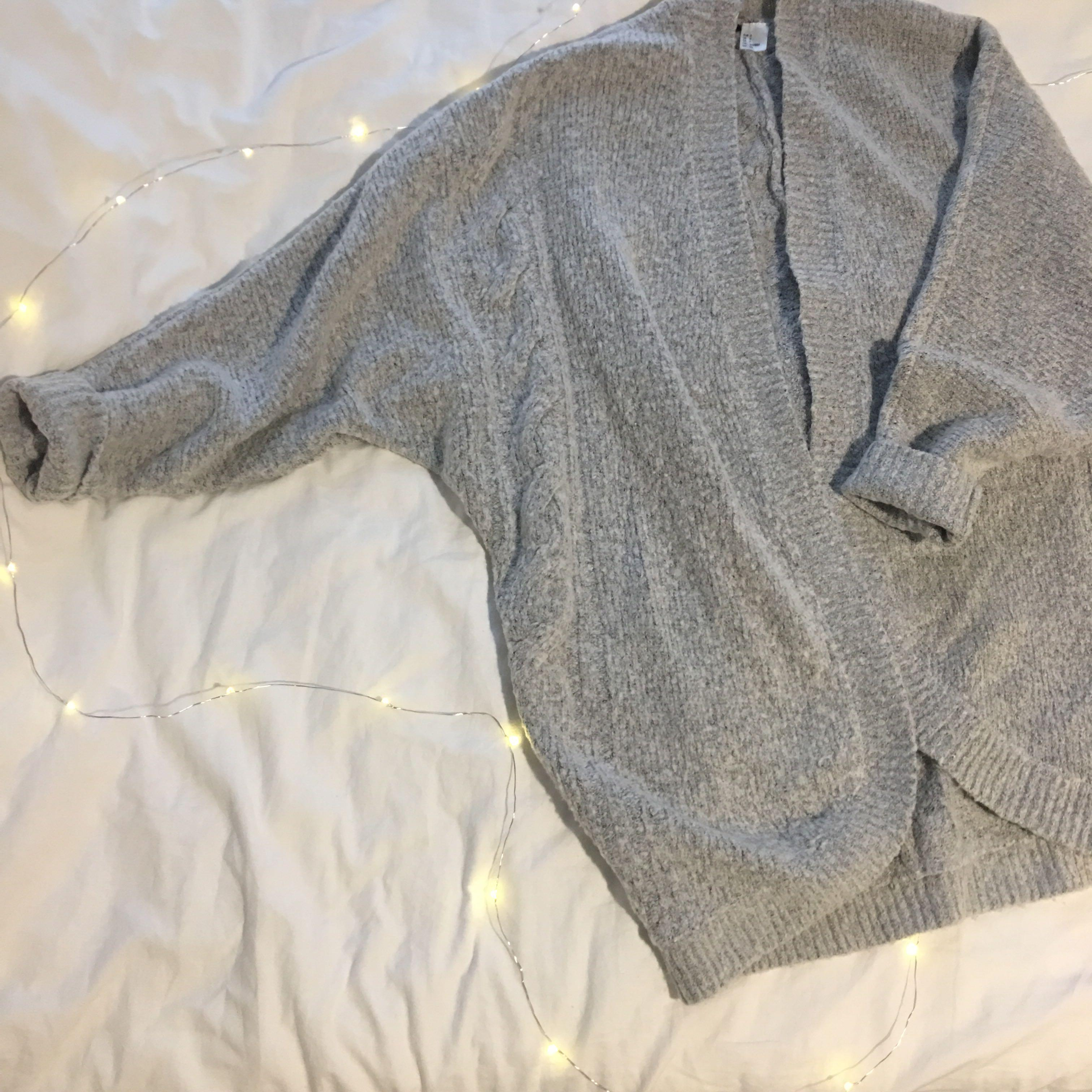 Grey knited cardigan