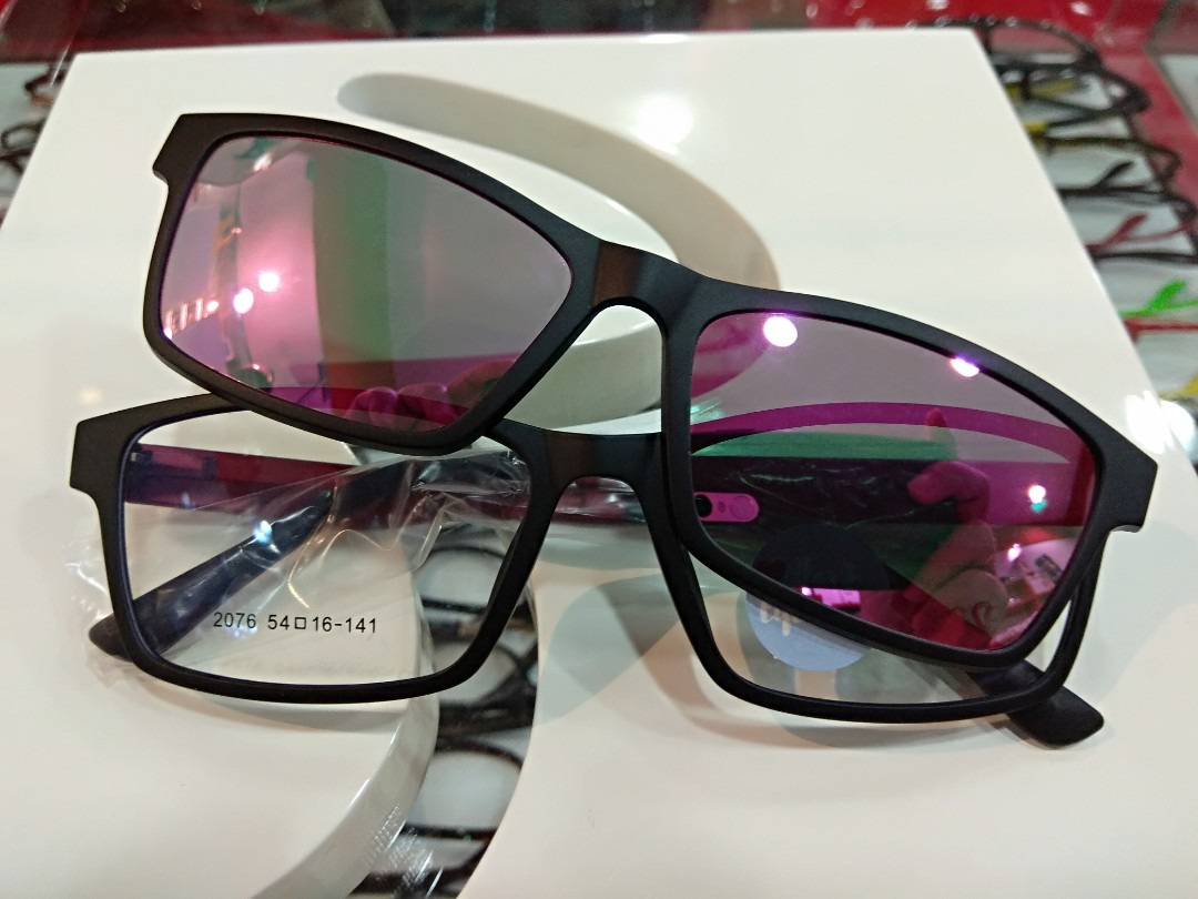 fa1bf6342d High quality Ultem plastic frame with PC magnetic clip con polarized ...