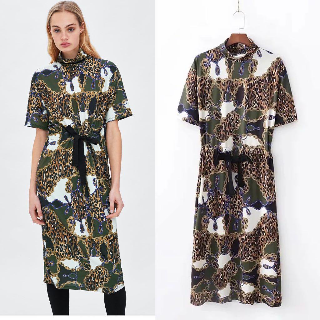 150df927375 💃🏻Inspired Zara Contrasting Chain Print Dress💃🏻