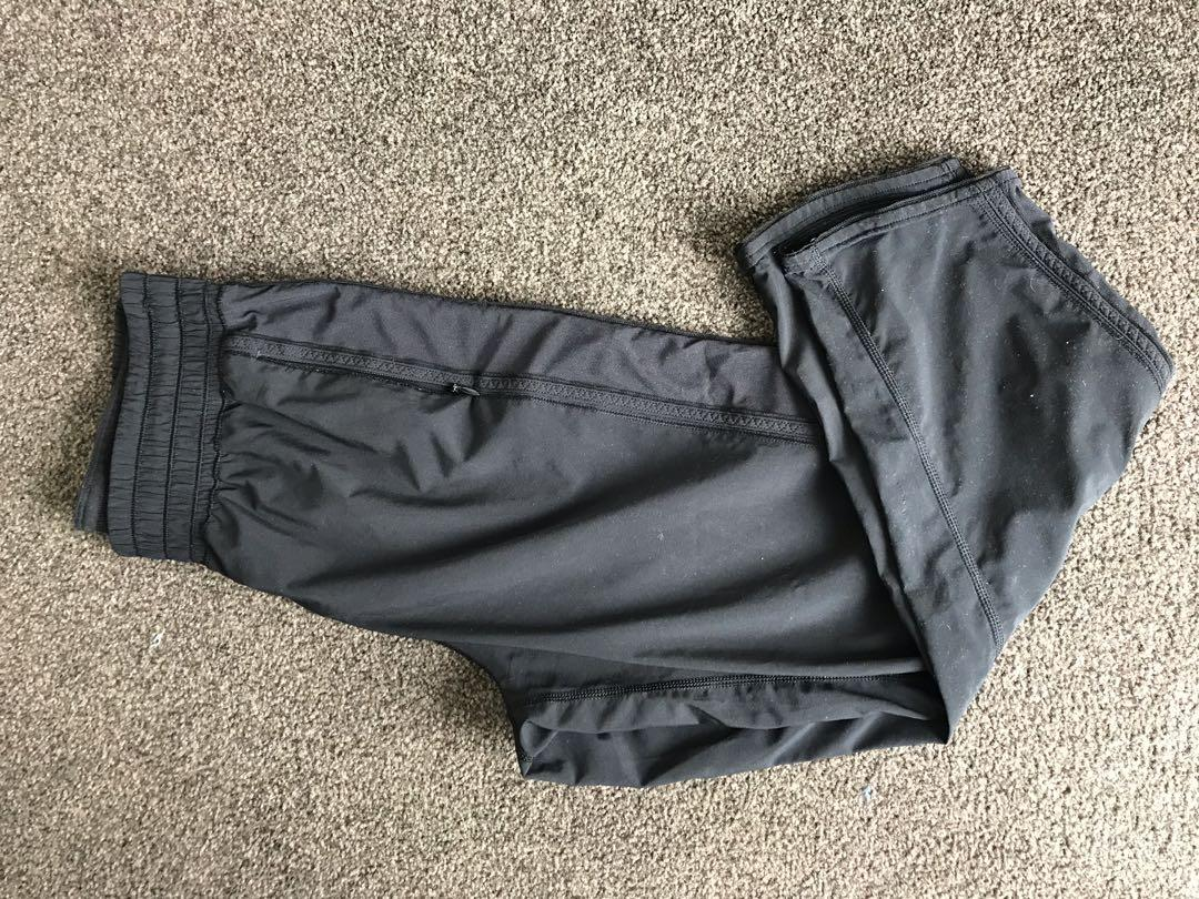 Lululemon pants size 4 US or 8 NZ