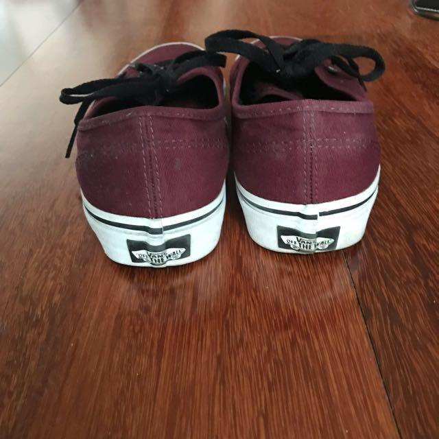 VANS - Authentic in colour Port Royal/Black size Women's 7.5