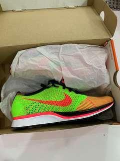 🚚 Nike FLYKNIT RACER