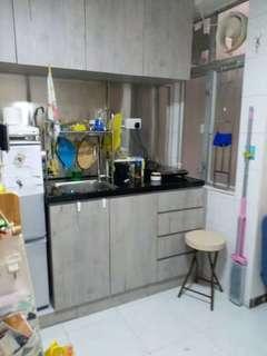 香港島西環西區香港大學地鐵站租盤, 兩房一廳