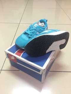 sepatu anak new balance original