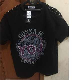 Baju / Kaos / T-shirt Nevada