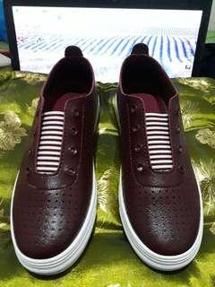 Red Shoe by Mendrez