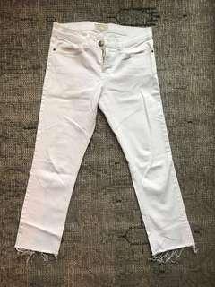 Current + Elliot white jeans with frayed hem