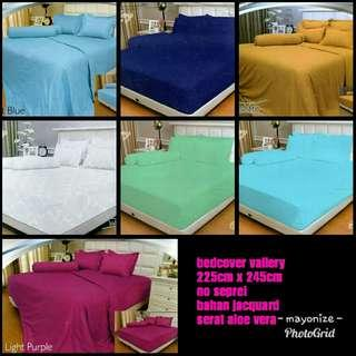 Bedcover vallerry good quality!