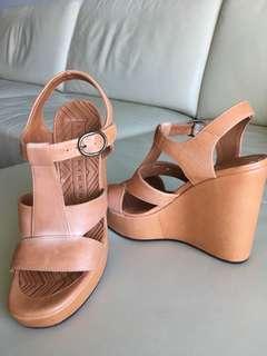 Chie Mihara Tan Platform Sandles