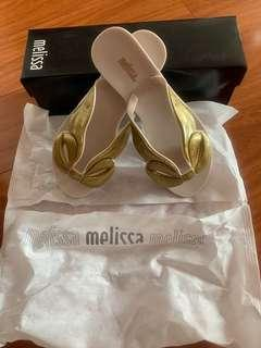 Melissa sandals size 6