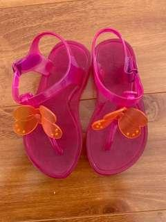 Gap sandals size 9 kids