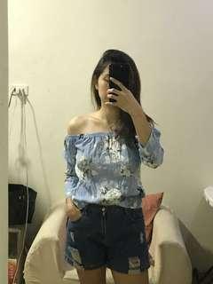 Off shoulder floral - baby blue