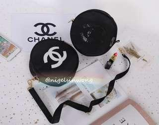 🌹chanel vip gift for skin care make up crossbody round bag