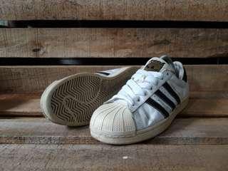 Adidas Superstar White sepatu second original branded murah size 43 kondisi tempur
