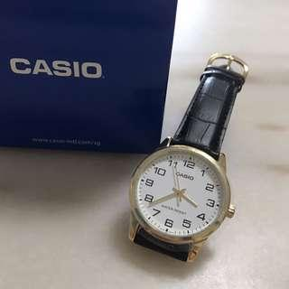 Casio Gold Black Leather Watch! BNIB!