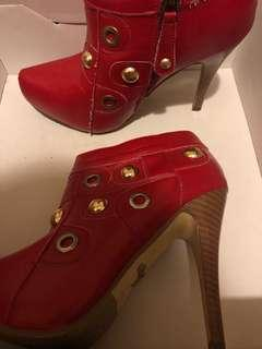 Dollhouse Red Leather bootie