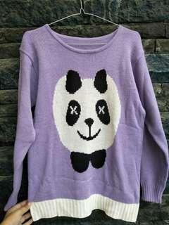 Sweater panda ungu