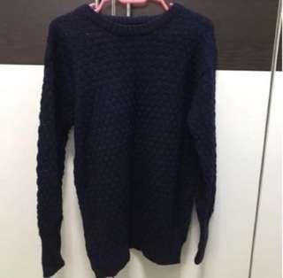 Navy Blue Sweater pull over!! BN! Free size.