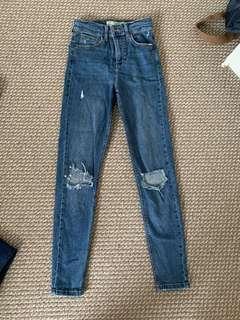 Topshop Jamie Jeans Size 24