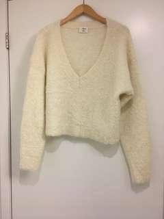 FUZZY WILFRED CROPPED SWEATER, SIZE M # LISTARITZIA