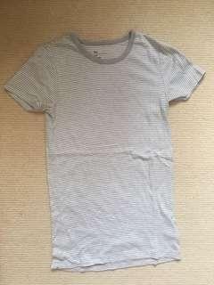 GAP modern crew stripe tshirt
