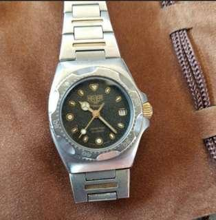 Extremely Rare & Vintage 1983 Tag Heuer Titanium 820.208 Ladies – Series One 28mm, 100m, Ti & Gold c1983 with Moondust dial. Limited Edition. In Mint Working Condition!