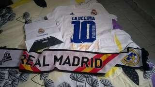 Real Madrid Tshirt and Real Madrid Knitted Fan Scarf