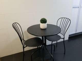 Table & Chair Set (Steel)