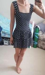 Sz8 polka dot dress