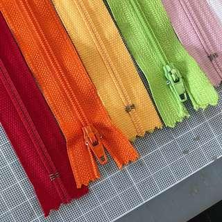 30cm 12-inch zippers for sale