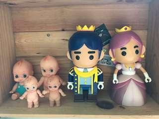早期塑料玩偶