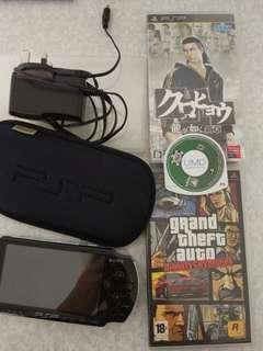 全套PSP已貼保護貼,連護套,連記憶卡,火牛,三隻game(龍如,GTA,POKER)