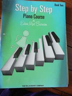 Step by step鋼琴書