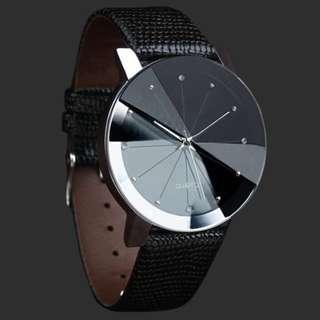 🚚 Luxury Quartz Watch